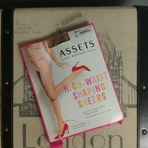 Assets by Spanx sz 2 pantyhose high waist shapers